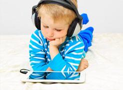 Instituto-de-Olhos-Limongi---Blog---Crianças-e-tecnologia-conheça-os-riscos-para-a-saúde-ocular
