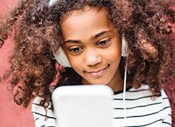 Instituto-de-Olhos-Limongi---Blog---Problemas-do-uso-precoce-de-smartphones-e-tablets-em-crianças