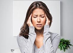 Por que problemas de visão podem causar dores de cabeça?