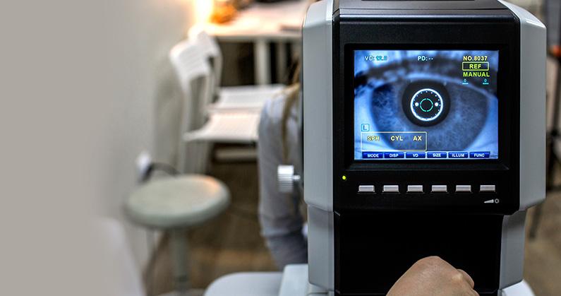 hospital-de-olhos-limongi-blog-Quando-o-exame-de-microscopia-especular-é-indicado
