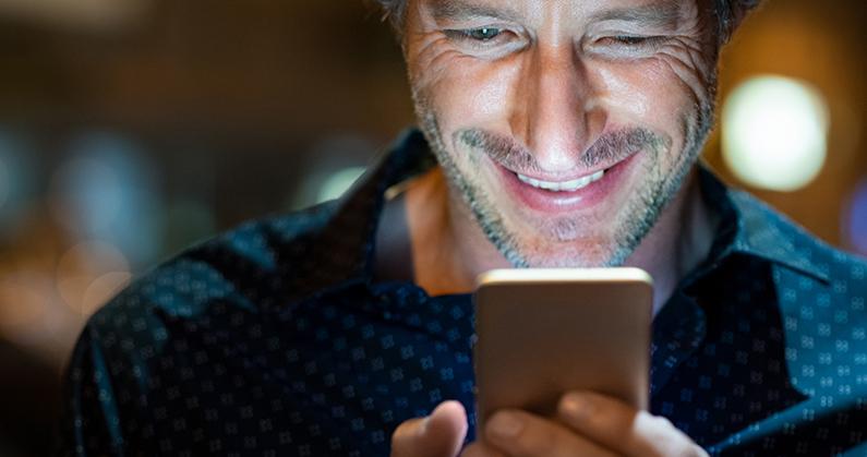 Hospital de olhos limongi - blog - O uso prolongado de celular_