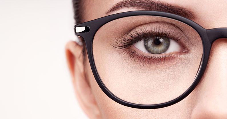 Hospital de Olhos Limongi --blog -Os riscos de usar óculos falsos